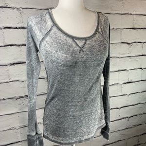 {American Eagle} burn out thermal top